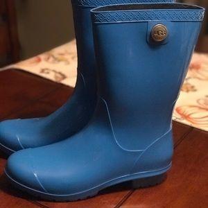 Ugg fur lined rain boots